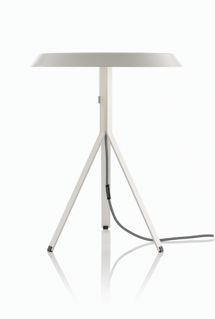 Koenig-Table-Lamp-white-on-white-background